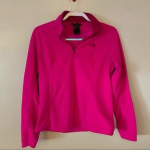The North Face Women's Solid Pink Long Sleeve 1/4 Zip Pullover Medium